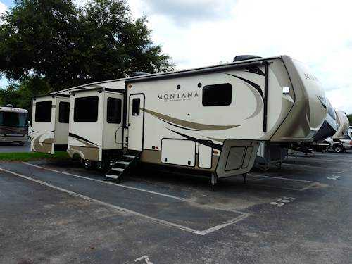 Motorhome vs 5th wheel - a fifth wheel